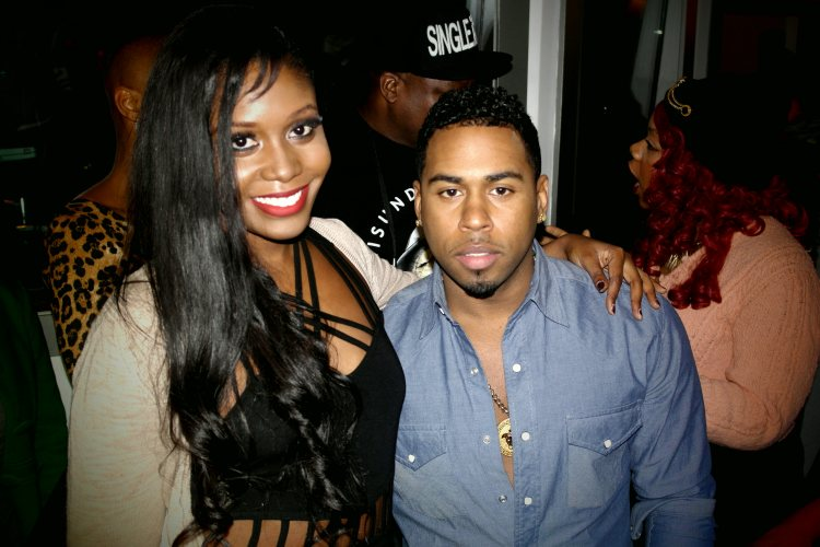 Bobby V entertains guests for NYC Peach Moon Listening Session with Latasha of DopeFiles.com